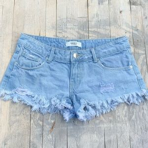 Forever 21 Distressed Denim Shorts Size 25